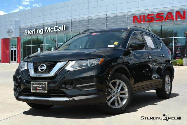 Pre-Owned 2017 Nissan Rogue S w/ Appearance Package