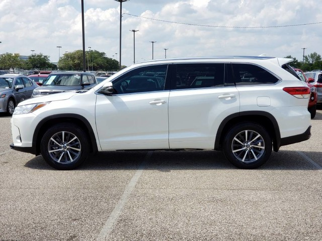 Certified Pre-Owned 2018 Toyota Highlander XLE