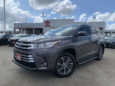 Certified Pre-Owned 2019 Toyota Highlander L Front Wheel Drive SUV - In-Stock