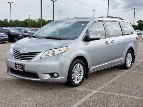 Certified Pre-Owned 2017 Toyota Sienna XLE Front Wheel Drive Minivan/Van - Offsite Location