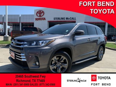 Certified Pre-Owned 2017 Toyota Highlander Limited Platinum Front Wheel Drive SUV - In-Stock